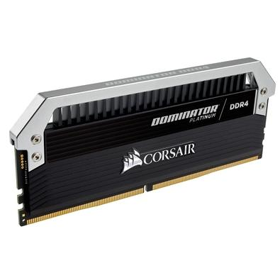 Memória Corsair Dominator Platinum 32GB (4x8GB) 3200Mhz DDR4 CL16 - CMD32GX4M4C3200C16