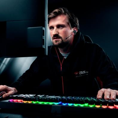 Fone de Ouvido Gamer Intra Auricular Trust GXT 408 Cobra Multiplataform Gaming Earphones, com Microfone - 23029