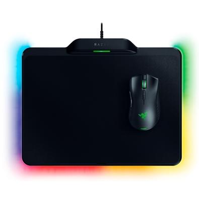Kit Gamer Razer - Mouse Sem Fio Mamba HyperFlux Chroma + Mousepad Firefly HyperFlux Chroma, Rígido, Control/Speed, Médio - RZ83-02480100-B3U1