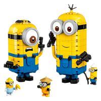 Minions, LEGO, Figuras de Minions e seu Covil Construídos com Peças